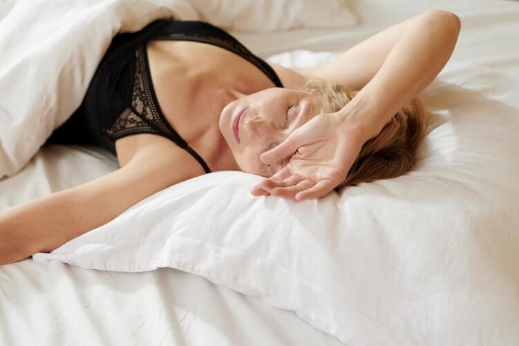 【重要】切っても切り離せない筋トレと睡眠の関係性