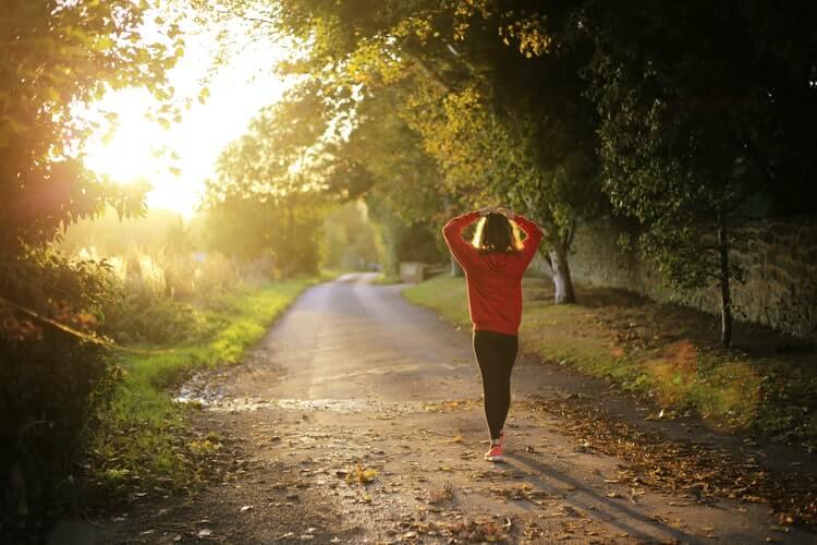 痩せるためには筋トレか有酸素運動か?