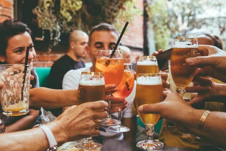 ダイエット中にお酒を飲む時に意識すべき5つのこと
